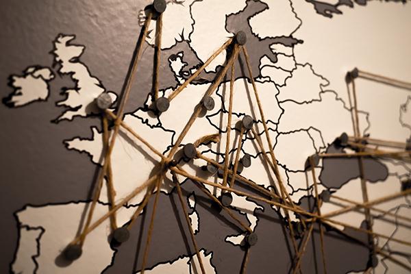 Europa e Oriente: manca una normativa privacy adeguata