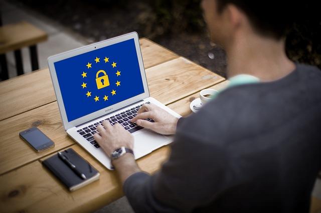 Privacy per banche e assicurazioni