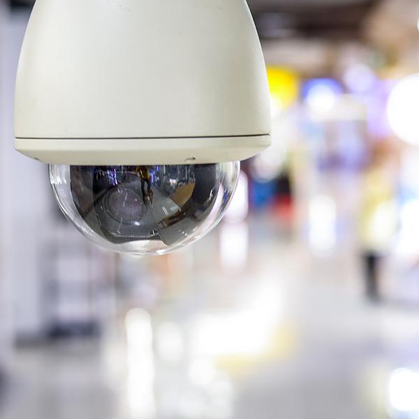 Garante Spagnolo: sanzione per l'illegittimo utilizzo di un sistema di videosorveglianza di un bar
